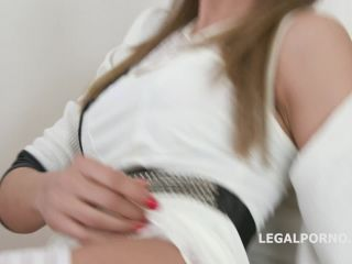 LegalPorno presents Psycho Doctor Francys Belle 1 Mike does the research Balls Deep Anal, Cremapie swallow GIO1008 – 28.04.2019