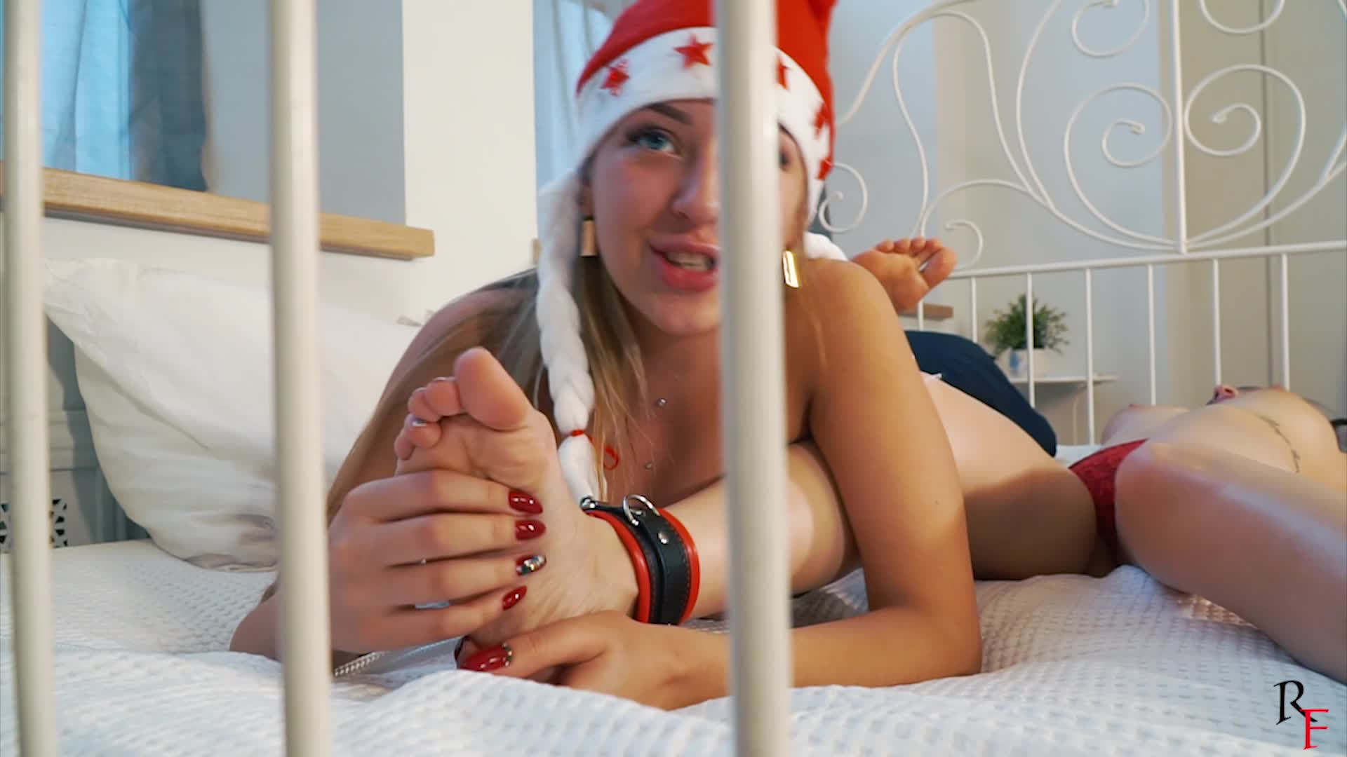 Mom Daughter Feet Tickle