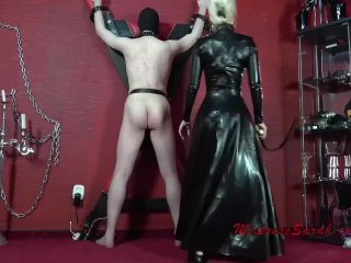 Mistress Sarah – Too white for My licking