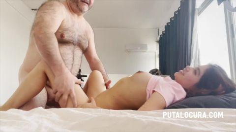 Marina Gold - She swallows huge sperm [HD 720P]