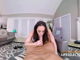 Cast Chanel Preston