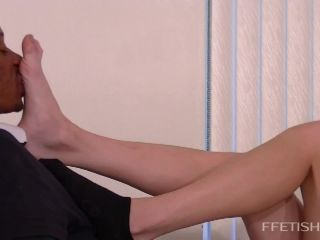 Porn online Planet of the Arches – Ava Has Face Slapping Foot Worship Fun