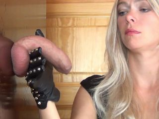 Alina – Cum Drinking, Ruined Orgasm, Edging Handjob in rough Leather Gloves