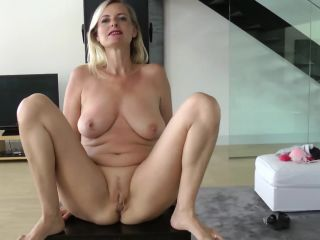 Mydirtyhobby presents Dirty-Tina – Film ab – Ton an – Schwanz steht – Movie off! Sound on! Tail is standing!