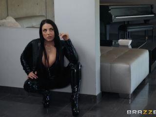 Angela White - Busting On The Burglar (07.02.2019)
