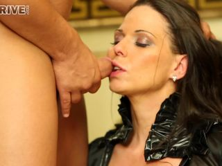 Simony Diamond - Throat Ram