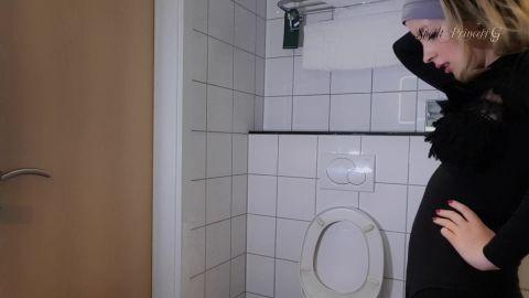 Spoilt Princess Grace - My Toilet Slave [FullHD 1080P]
