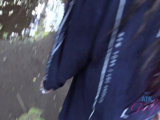 ATKGirlfriends - Peeing 7 [FullHD 1080P] - Screenshot 3
