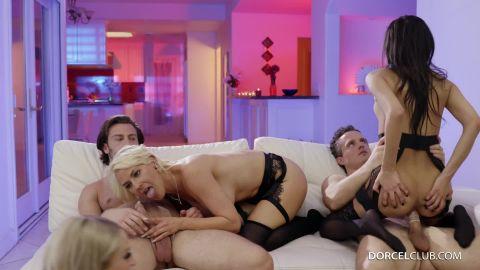 Gianna Dior, Lena Paul, Emma Hix, Kit Mercer - Climax #2 (1080p)