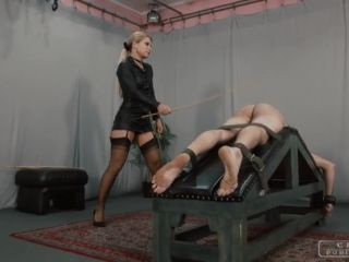 Shoe Fetish – CRUEL PUNISHMENTS – SEVERE FEMDOM – Zita doesn't hold back – Mistress Zita