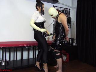Mistress Ezada Sinn – Humiliating assfuck: Mistress Ezada fucking Her chaste bitch
