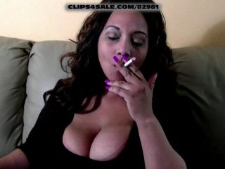 LADY SPICE SMOKING RUBBING HER HUGE TITS - Diamond Lou