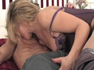 Online video Live!!! Nude!!! Girls!!! - Part 4  May  6, 2010 milf