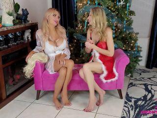 Goddess Taylor Knight – Sissify Santa – New Year