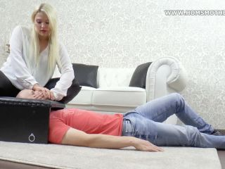 homsmother  vicky  air robbery in smotherbox  handsmother