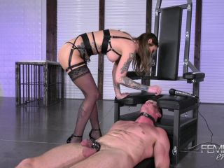 Ass Worship – VICIOUS FEMDOM EMPIRE – Spoil My Pussy – Kleio Valentine