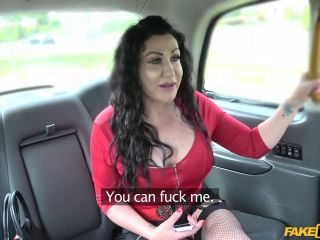 Huge pussy lips hang over big dick