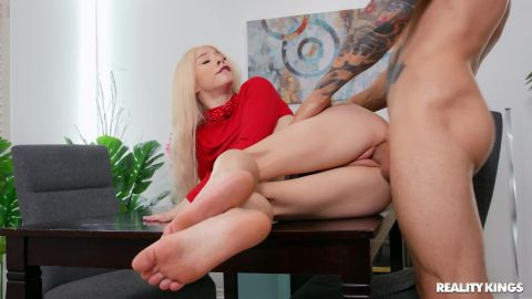 Kenzie Reeves - Stuck On The Cock [FullHD 1080P]