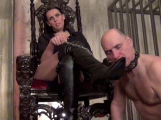 Giantess – Domnation – ORAL FIXATION Starring Lady Towers