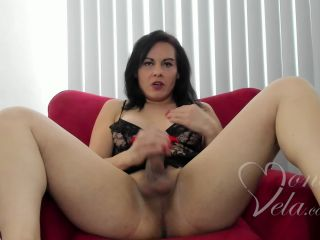 Trans latina use his 2 hands to jerk off