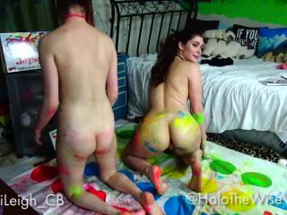 ManyVids presents Holothewisewulf in naughty paint twister with alli