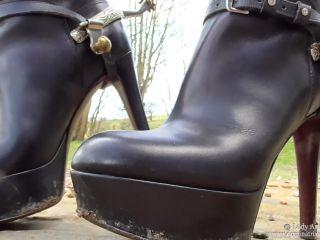 Boot Licker Slave
