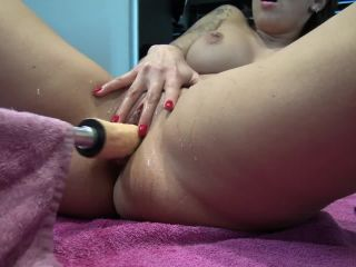 Fuck Machine In Teen Pussy Give Her Massive Squirt Orgasm by Vic Alouqua