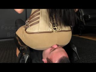 Facesitting Bitches - Chloe - Wearing Her Jodhpurs To Ride His Face Like A Pony | femme fatale | femdom porn