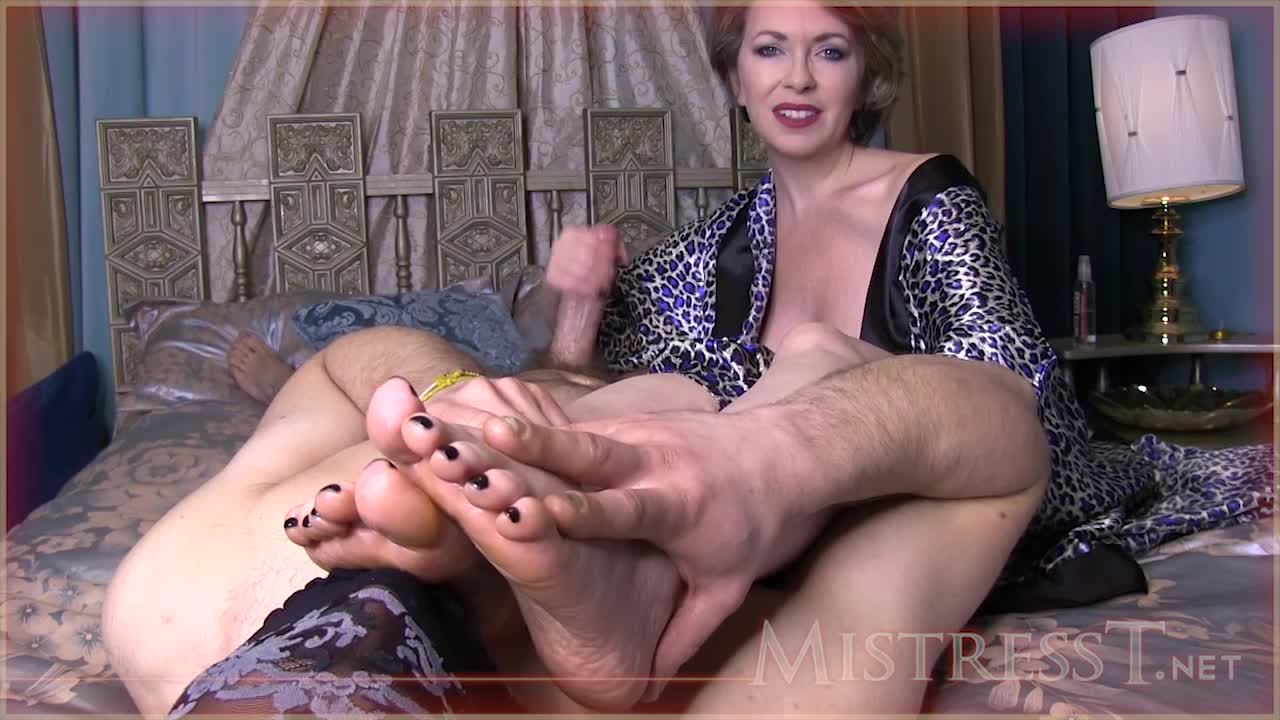 Latina Stinky Feet Handjob