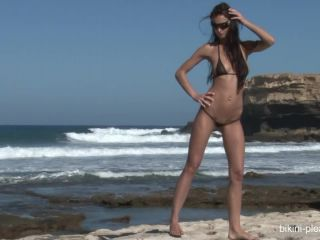 Bikini_pleasure_com - Bikini_Pleasure_2011-04-23
