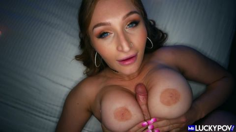 Cum Countdown with Busty Bubble Butt Skylar Snow - MrLuckyPOV