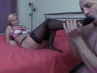 Anabelle Pync in Chastity Before Foot Worship