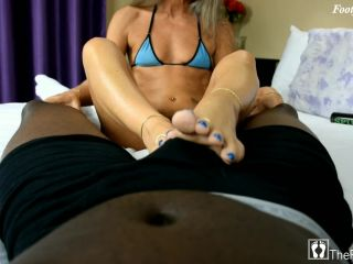 Leilani's Blue Passion Footjob
