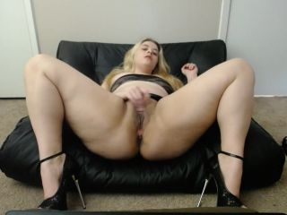 PAWG Horny For Cock