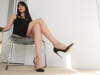 Porn online Footfetishbb – Stella Liberty – Executive Needs Foot Rub