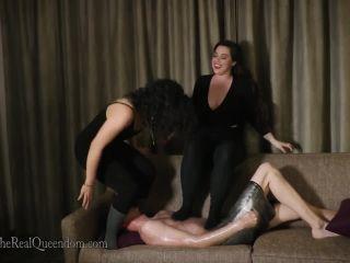 Foot slave trai – The Queendom – Mistress An Li, Mistress Hannah Hunt – Best Butt Day Ever