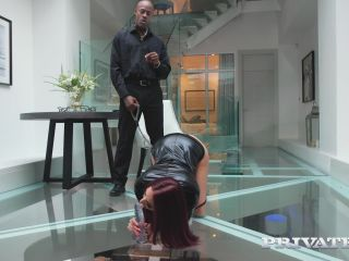 Lyen Parker (Horny Brte Hungry for Interracial Anal)