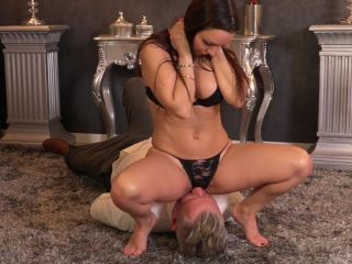 Ass Worship – FEMDOMGOLD Video Store – Angela rubs her pussy and want him to worship