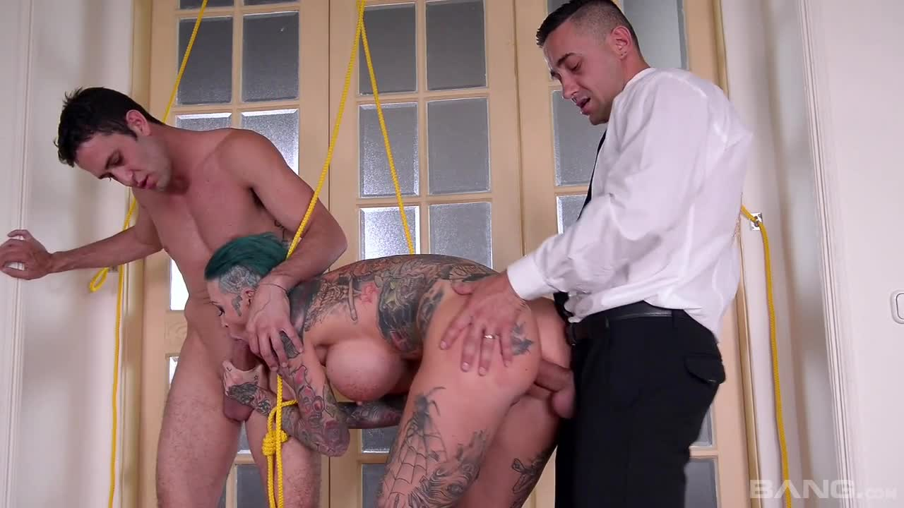 Calisi Ink Enjoys A Deep Double Penetration While Bound By The Wrists - k2s.tv