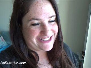 SamanthaStarfish - Pooping On My Balcony [FullHD 1080P] - Screenshot 1