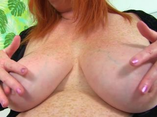 Mature Ginger Solo