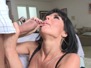 Veronica Avluv - Veronica Avluv Stacked MILF Takes Two Cocks In Her As ...