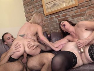 Danny (63), Jara C. (38), Kaylea (35) - This Bartender gets a special tip from these three naughty mature ladies