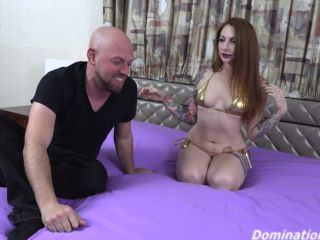 Domination 4K – Olivia Rose – Olivia Shows Off Her Powerful Scissors (1080 HD)