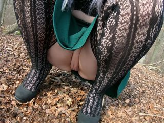 Hot Girl In Fishnet Loves To Blow And Fuck In The Forest - Public Sex