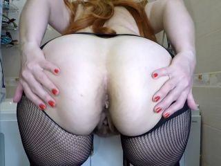 Mistress Annalise - Big Scat in Mouth [FullHD 1080P] - Screenshot 2