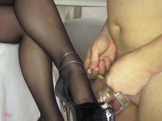 Porn online Pantyhose/stockings – House of Sinn – Orgasm control on Miss Sarah's whim
