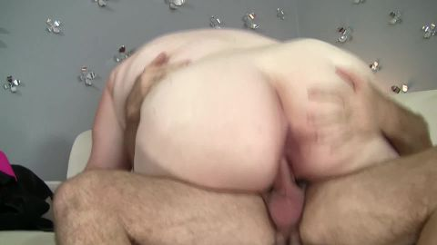 Pasty white bbw gets a nice big cock
