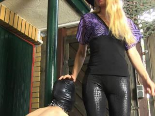 Online video femdom sado-ladies: domination with high heels
