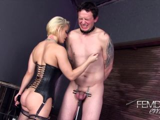 Femdom Empire – Ash Hollywood – Shock Therapy